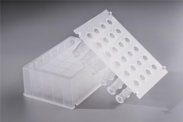 24-holes-deep-well-plate-and-magnetic-sleeve